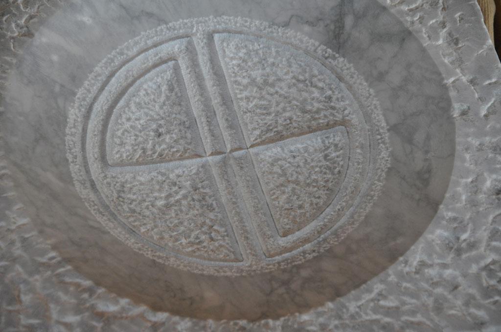 Bildhauerei-Grabzeichen-Q